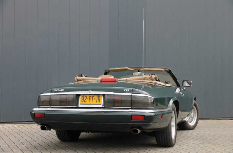 Jaguar XJ-S 6