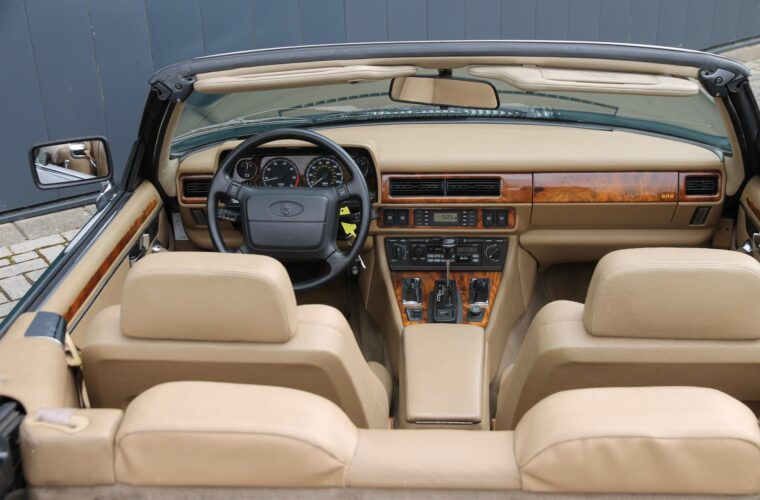 Jaguar XJ-S 8